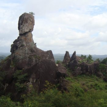 Edakkal Caves: secluded caves with ancient petroglyphs