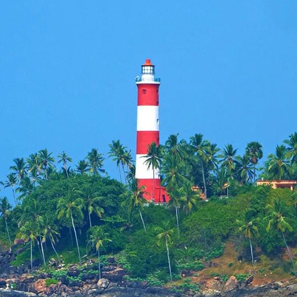 Kochi, Munnar, Thekkady, Alappuzha, Kovalam and Kanyakumari – Exploring Kerala Package Tour