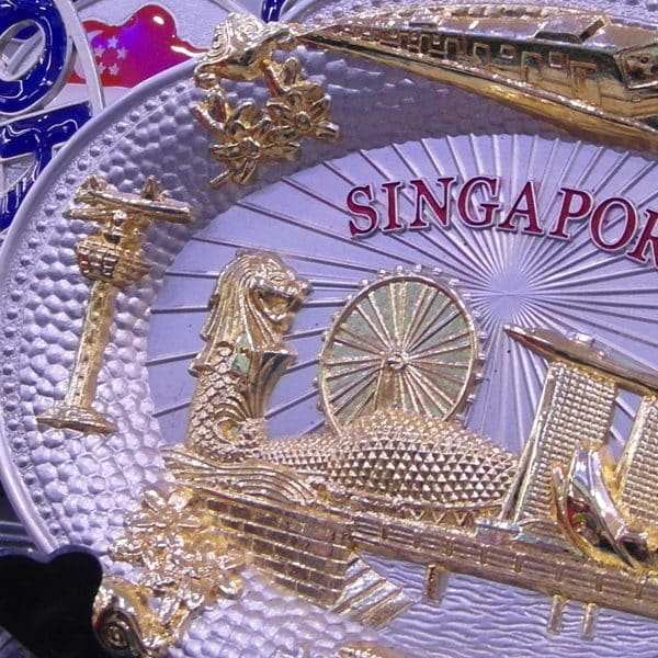 8 souvenirs to take home from Singapore